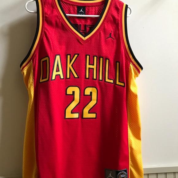 e0a5eae4e84 Oak Hill Carmelo Anthony Basketball Jersey. M 5b2a4bafaa57190e8e6cfe9b